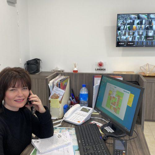 Landbox - Karine en charge de vos contrats et de la qualité
